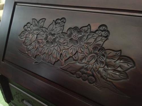 インテリアの木彫り