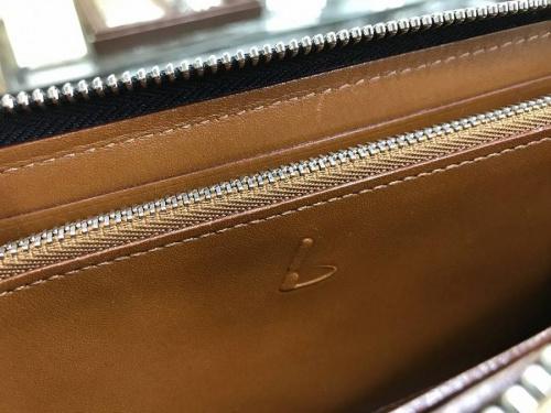 土屋鞄の長財布