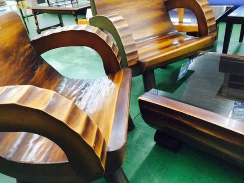 テーブルセットの丸太
