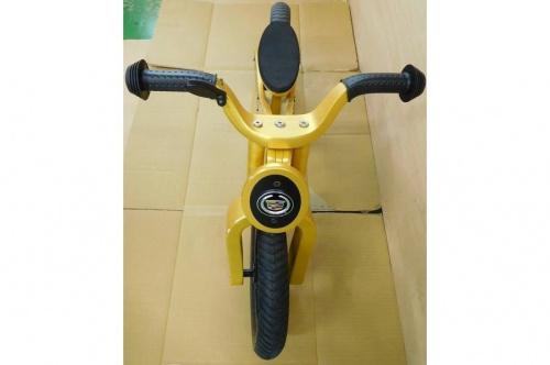 ランニングバイクのCadillac