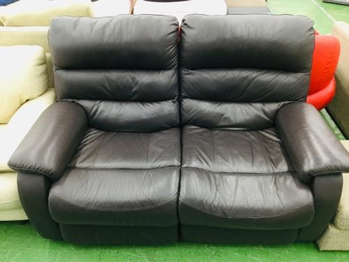ソファーの電動リクライニングソファ