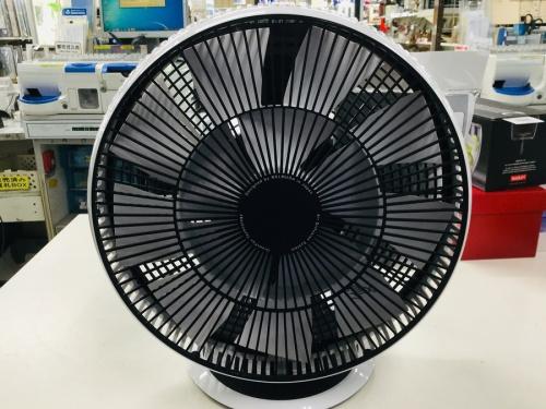 扇風機のサーキュレーター