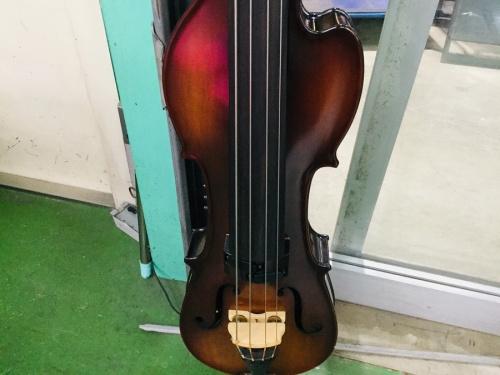 ヴァイオリンのベース