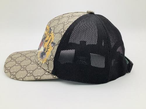 帽子のタイガープリントメッシュキャップ