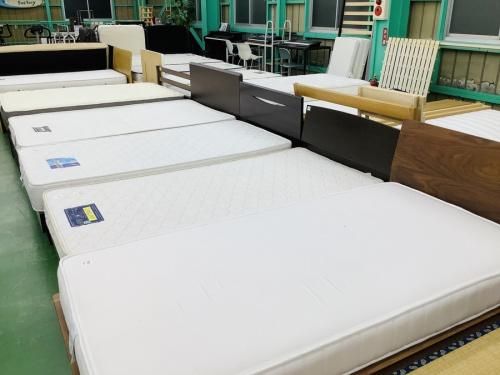 生活家具のベッド