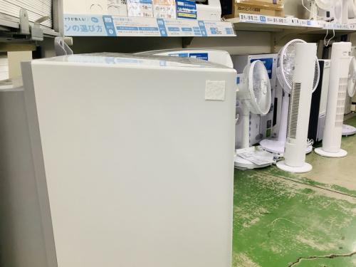 冷暖房兼用窓用エアコンのコロナ
