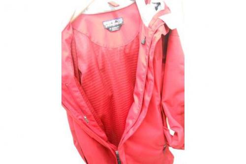メンズファッションのストームジャケット