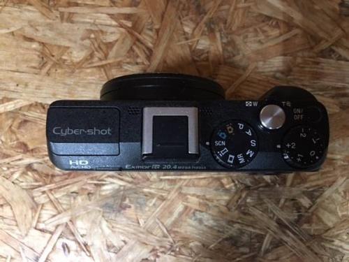 デジタルカメラのデジカメ