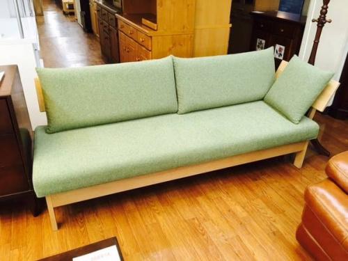 無垢材のソファー