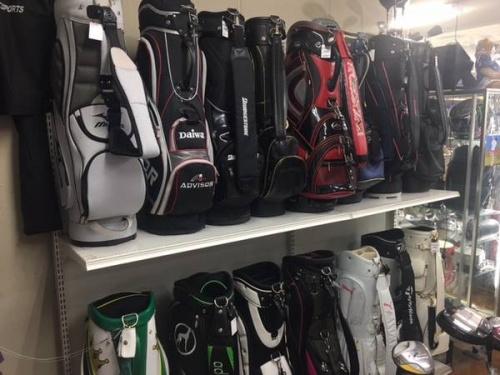 ゴルフバッグのゴルフウェア