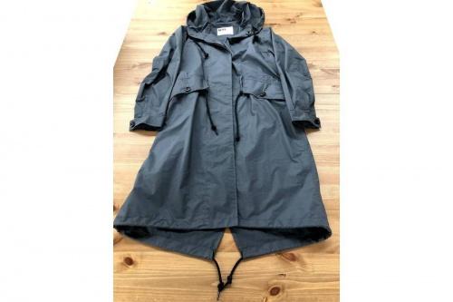 スカートのコート