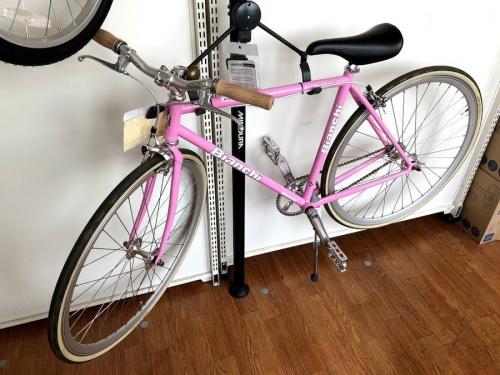 アウトドア 自転車のピストバイク