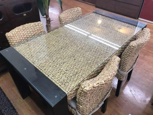 ウォーターヒヤシンスのソファー