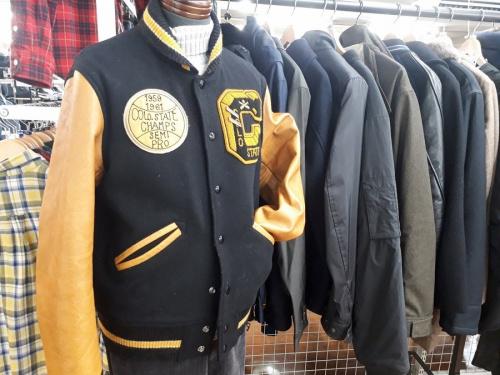 メンズファッションのアワードジャケット