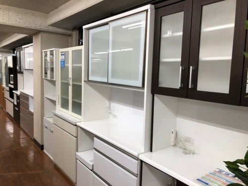 カップボード・食器棚のチェスト