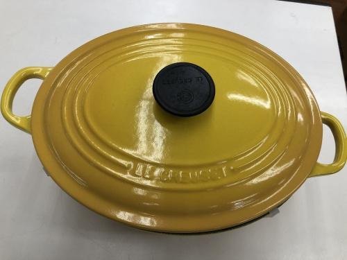 キッチン雑貨の両手鍋