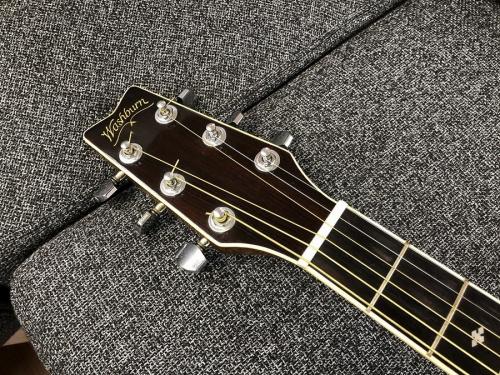 エレアコギターのWashburn