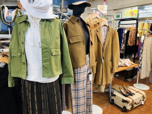 レディースファッションの古着販売