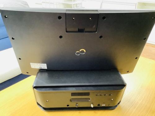 富士通  の中古パソコン  AV機器