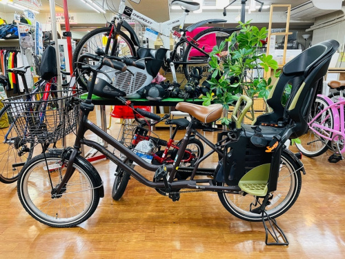 自転車のママチャリ