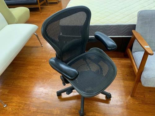 家具のアーロンチェア