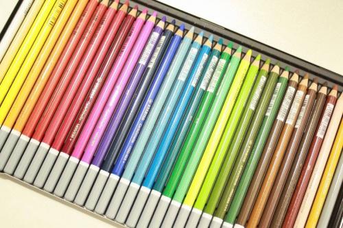 色鉛筆のSTABILO