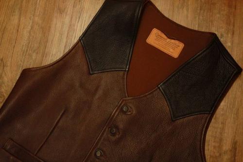 Coronado leatherの東浦和 衣類