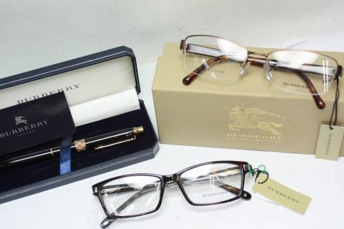 メンズファッションの伊達眼鏡