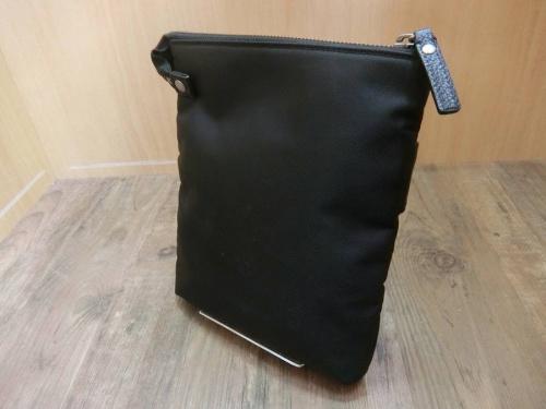 BURBERRY BLACK LABELのバッグ