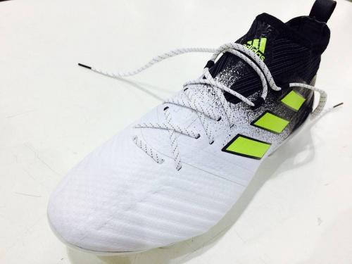 nikoandのアディダス(adidas)