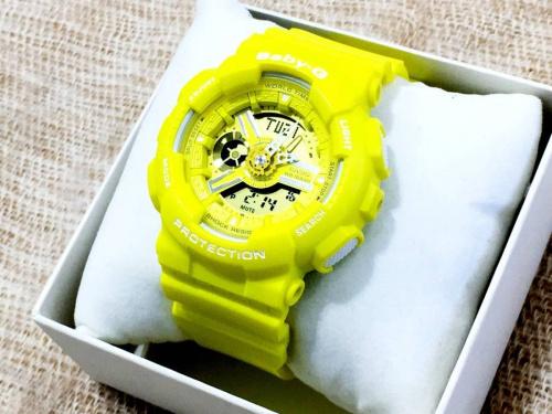 腕時計のレディースファッション