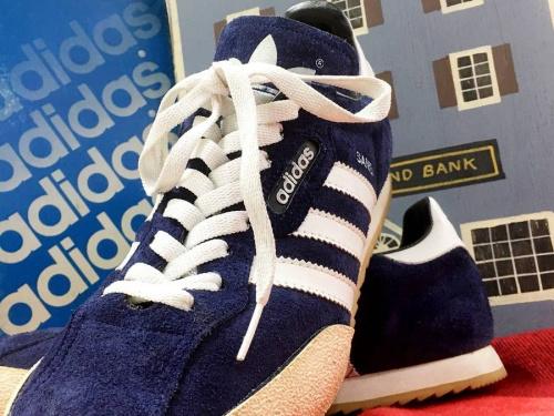 アディダス(adidas)の東浦和 衣類