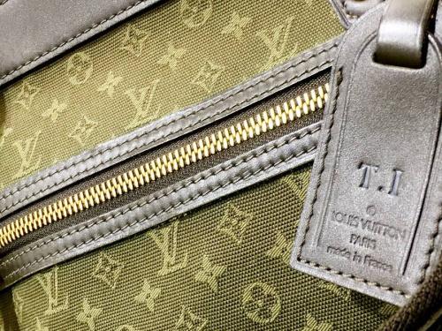 財布の東浦和 ブランド