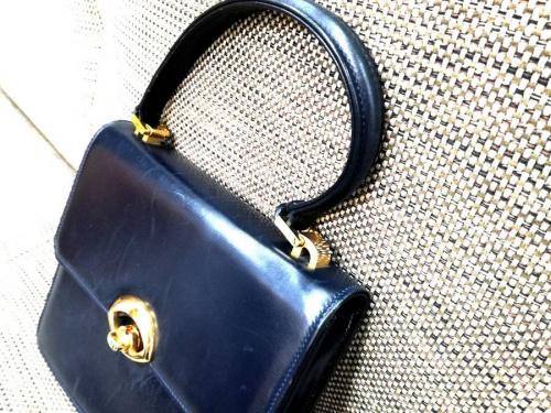 ハンドバッグの東浦和 ブランド