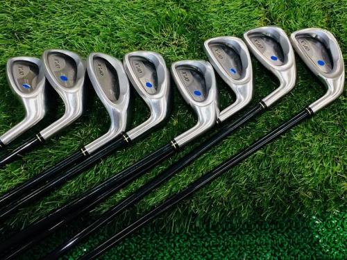 ゴルフのアイアン