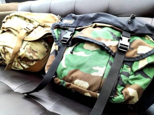 メンズファッションのカジュアルバッグ