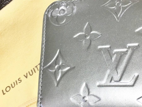 LOUIS VUITTON(ルイ・ヴィトン)の浦和3店舗新入荷