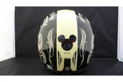 ヘルメットのトイズマッコイ ディズニー