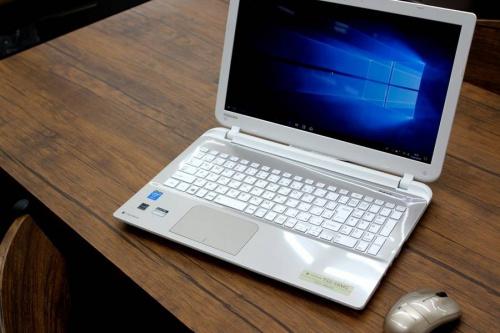 デジタル家電のノートパソコン
