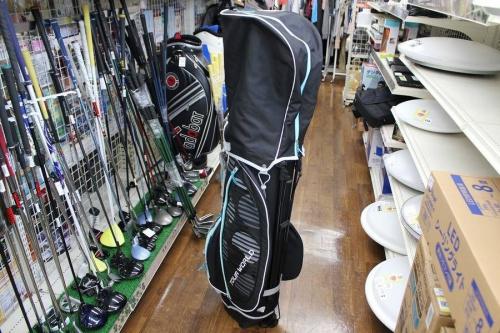 ゴルフのキャディーバッグ