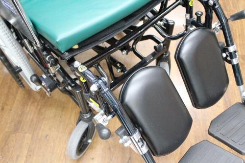車椅子 中古のKadokura