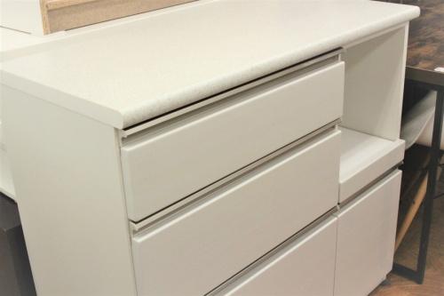 カップボード・食器棚の東浦和 家具