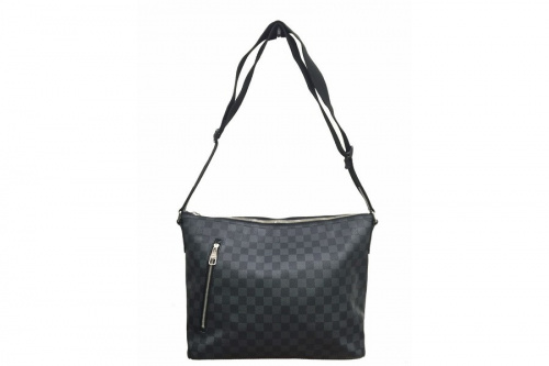ダミエ・グラフィットのバッグ