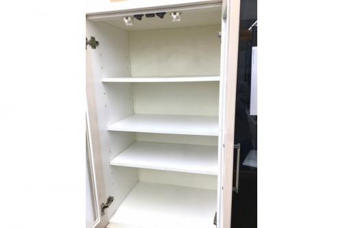 食器棚の家具