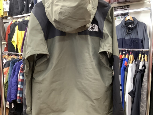 MOUNTAIN JACKETのTHE NORTH FACE