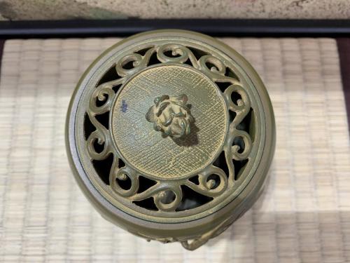 松鶴文香炉の高岡銅器