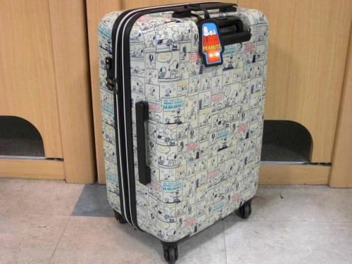 雑貨のスーツケース