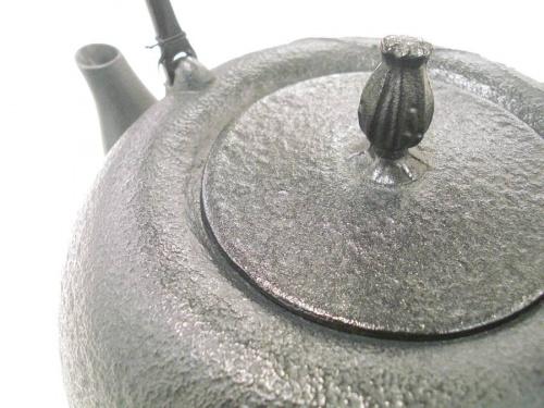 テーブルウェアの南部鉄器
