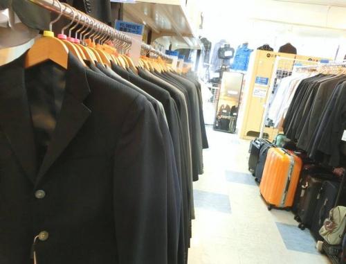 ビジネスアイテムのビジネススーツ