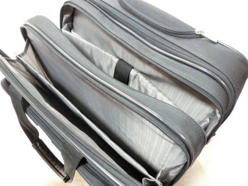 スーツケースのサムソナイト(Samsonite)